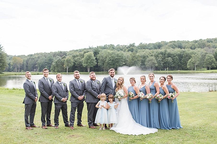 senecaryanco-pennsylvania-wedding-photographer-scranton-barnatglisteningpond_0397.jpg