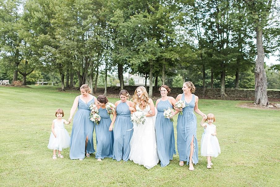 senecaryanco-pennsylvania-wedding-photographer-scranton-barnatglisteningpond_0401.jpg