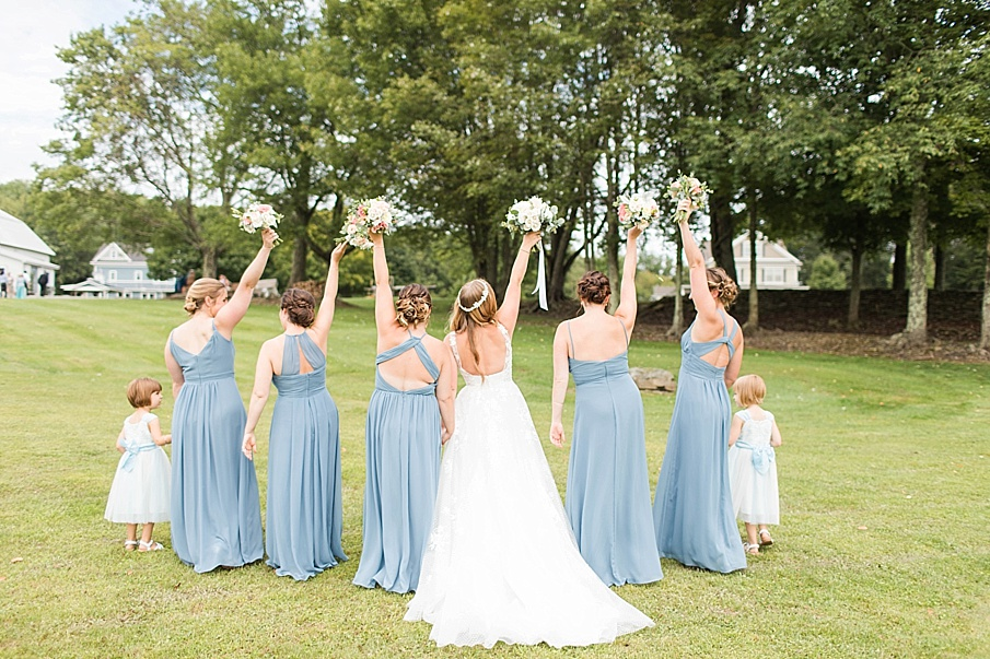 senecaryanco-pennsylvania-wedding-photographer-scranton-barnatglisteningpond_0402.jpg