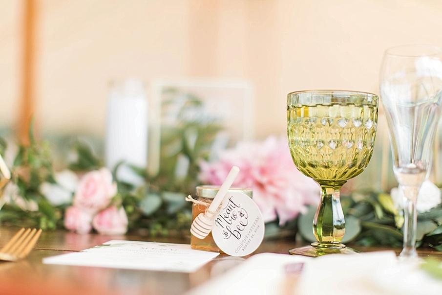 senecaryanco-pennsylvania-wedding-photographer-scranton-barnatglisteningpond_0409.jpg