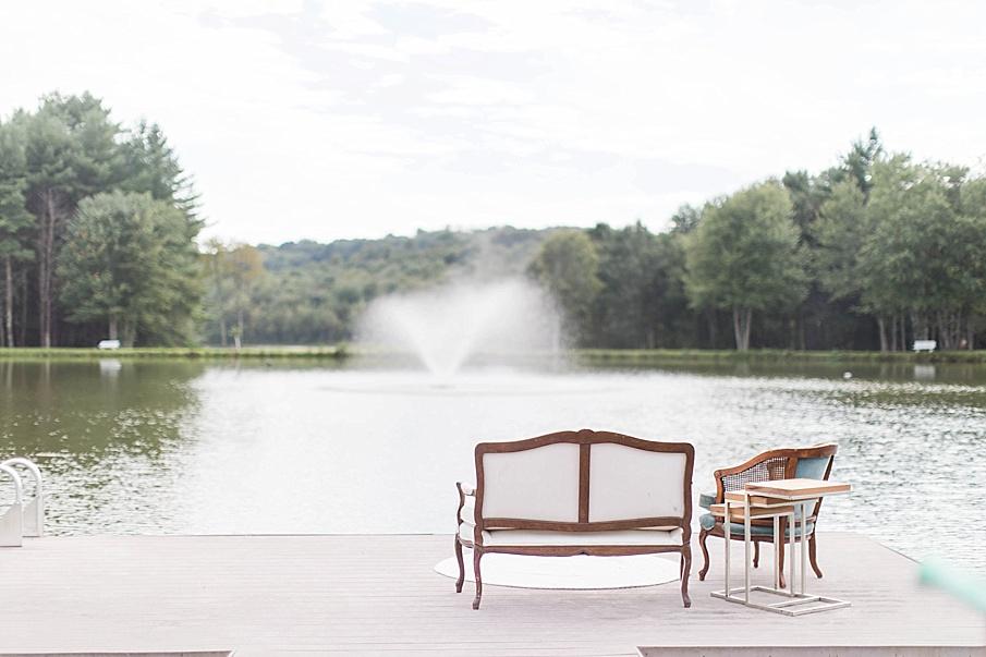 senecaryanco-pennsylvania-wedding-photographer-scranton-barnatglisteningpond_0412.jpg