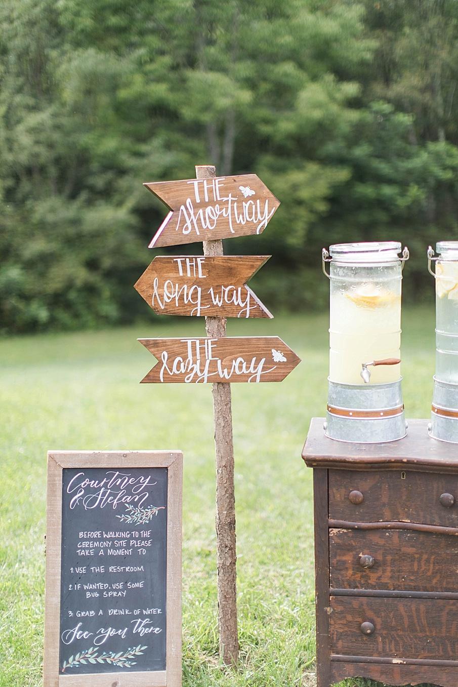 senecaryanco-pennsylvania-wedding-photographer-scranton-barnatglisteningpond_0415.jpg