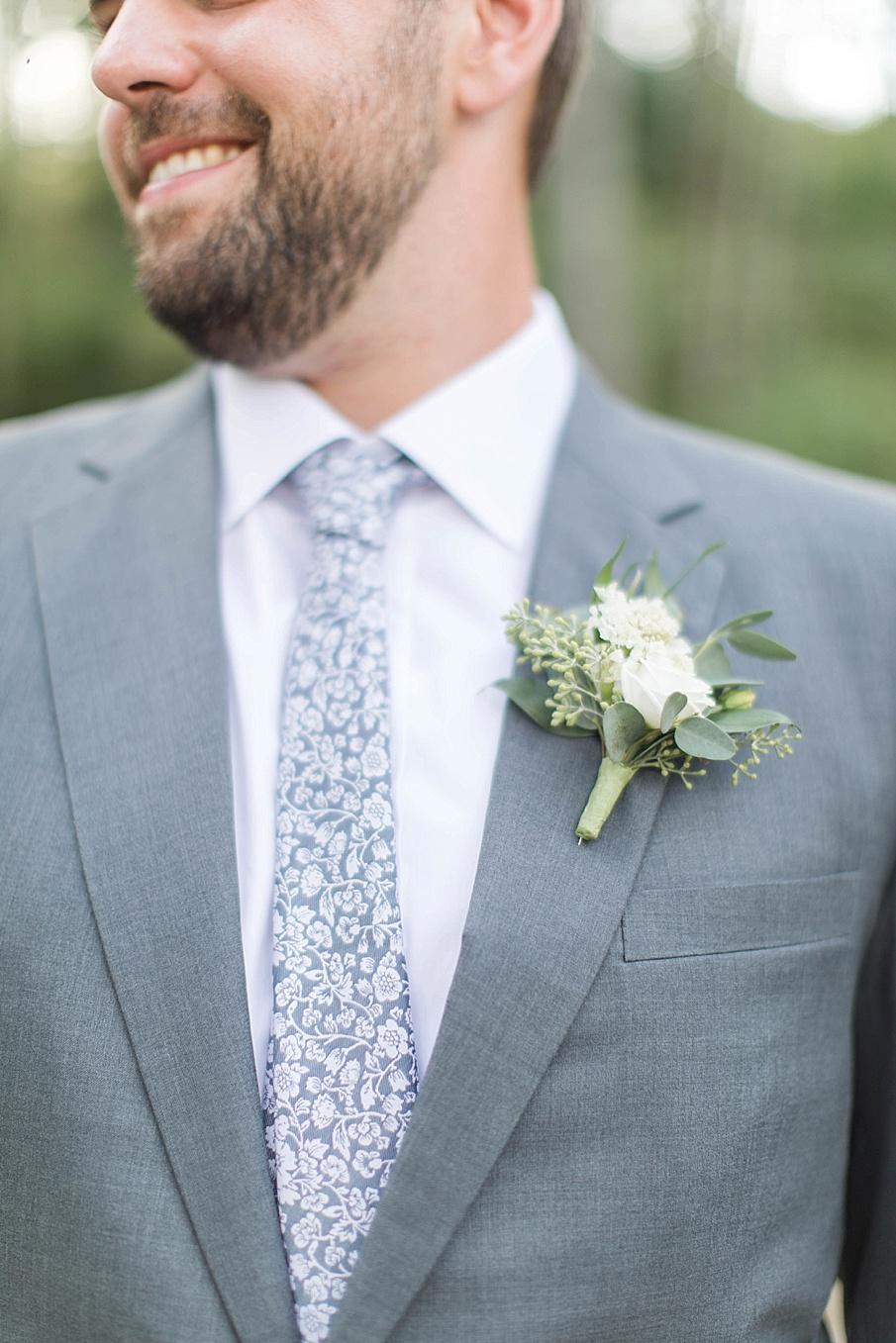 senecaryanco-pennsylvania-wedding-photographer-scranton-barnatglisteningpond_0419.jpg