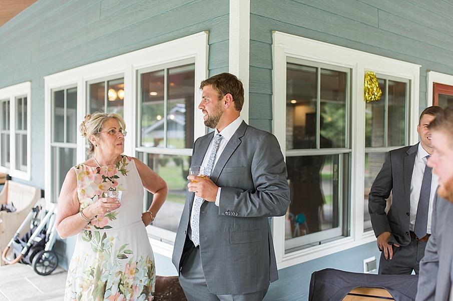 senecaryanco-pennsylvania-wedding-photographer-scranton-barnatglisteningpond_0473.jpg