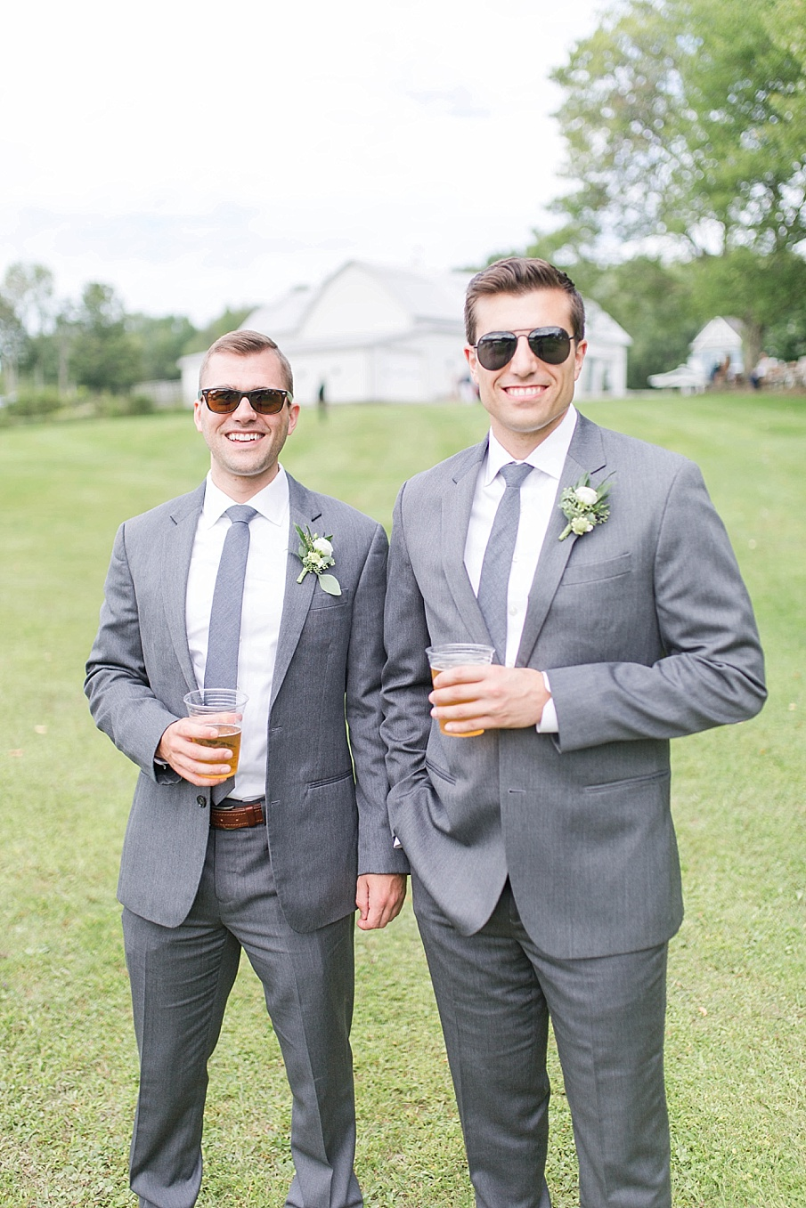 senecaryanco-pennsylvania-wedding-photographer-scranton-barnatglisteningpond_0482.jpg