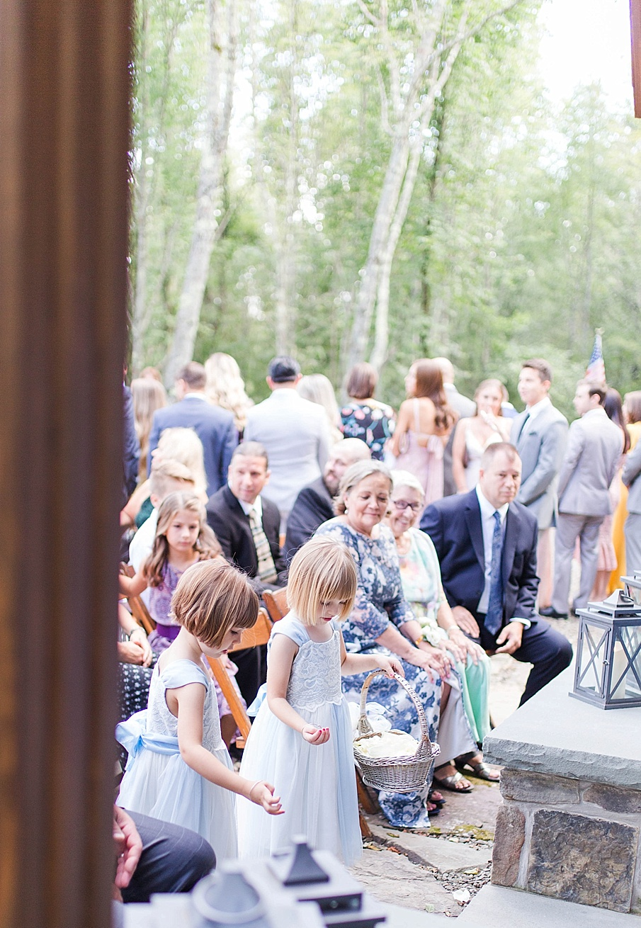 senecaryanco-pennsylvania-wedding-photographer-scranton-barnatglisteningpond_0492.jpg