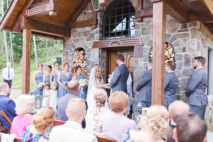 senecaryanco-pennsylvania-wedding-photographer-scranton-barnatglisteningpond_0493.jpg