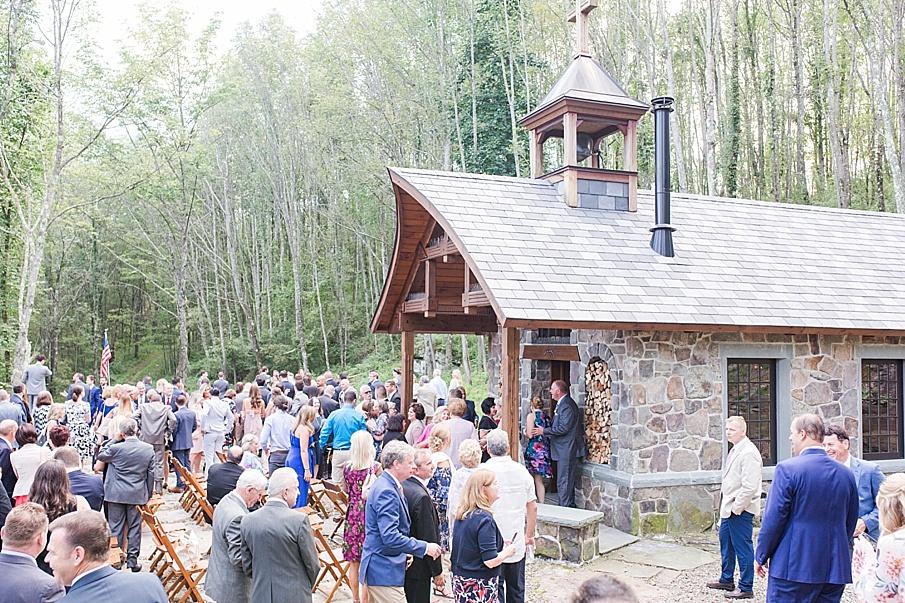senecaryanco-pennsylvania-wedding-photographer-scranton-barnatglisteningpond_0495.jpg