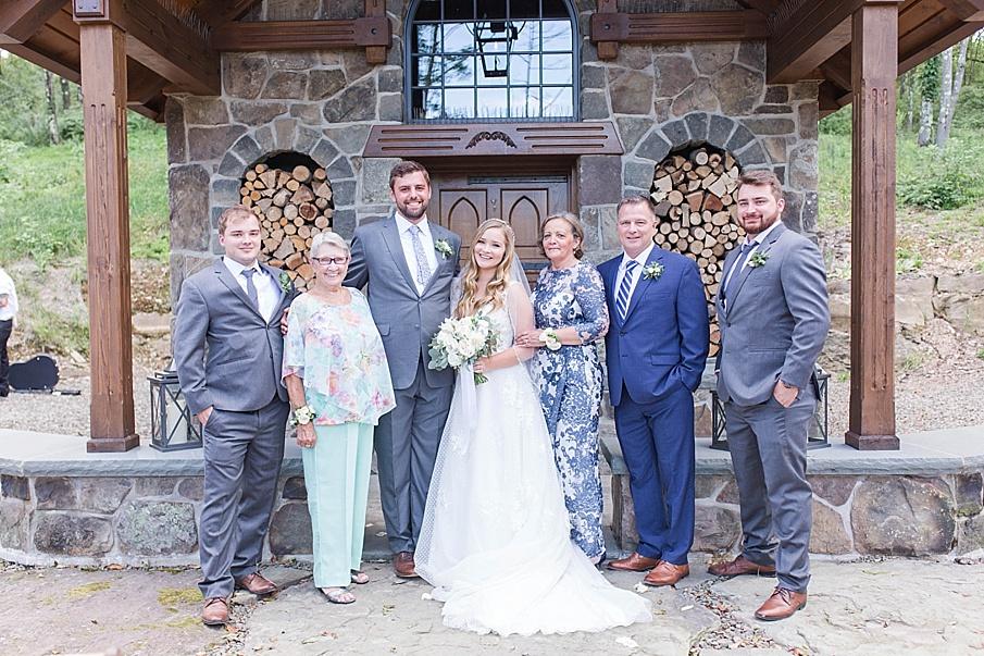 senecaryanco-pennsylvania-wedding-photographer-scranton-barnatglisteningpond_0497.jpg