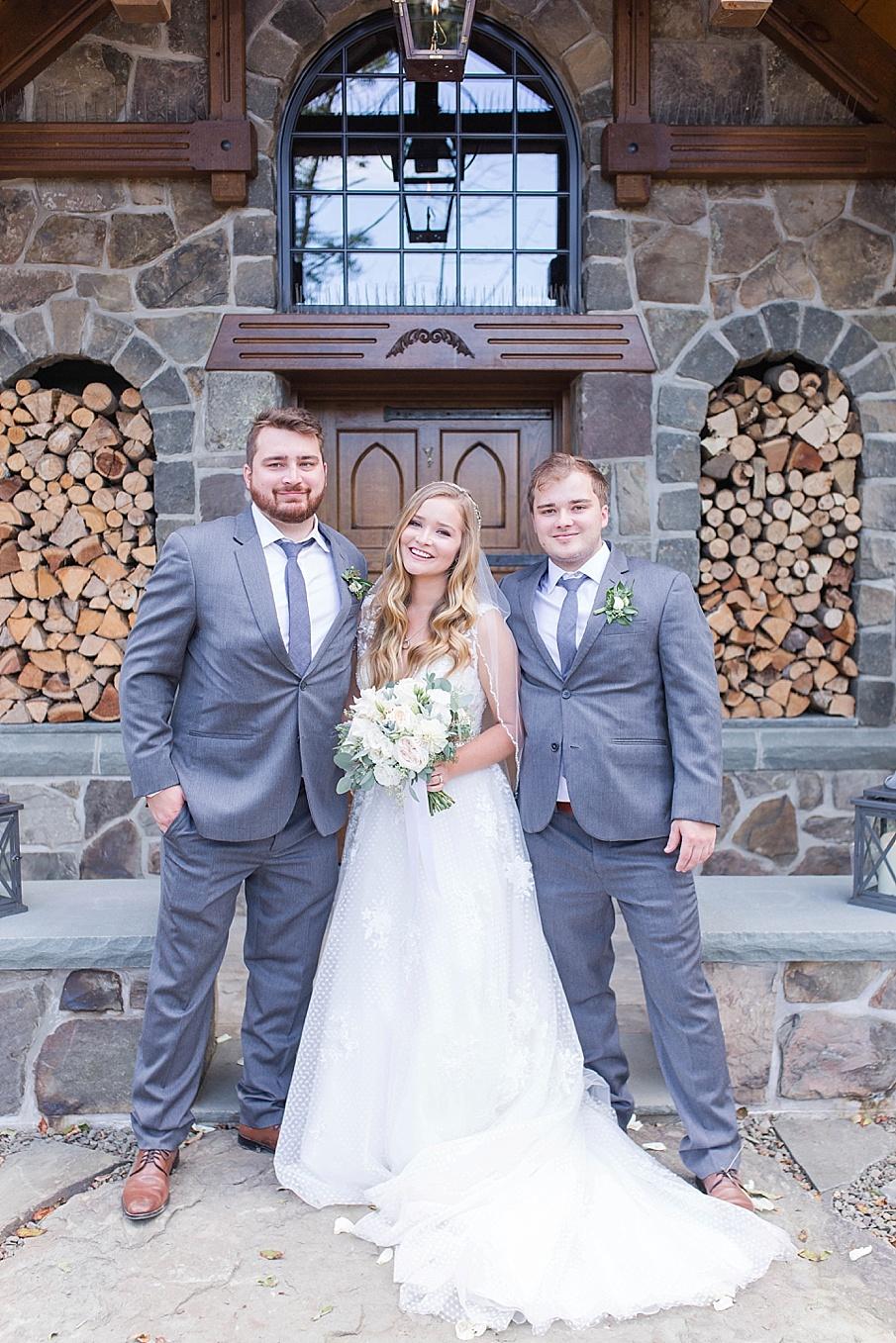 senecaryanco-pennsylvania-wedding-photographer-scranton-barnatglisteningpond_0498.jpg