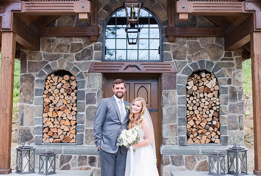 senecaryanco-pennsylvania-wedding-photographer-scranton-barnatglisteningpond_0505.jpg