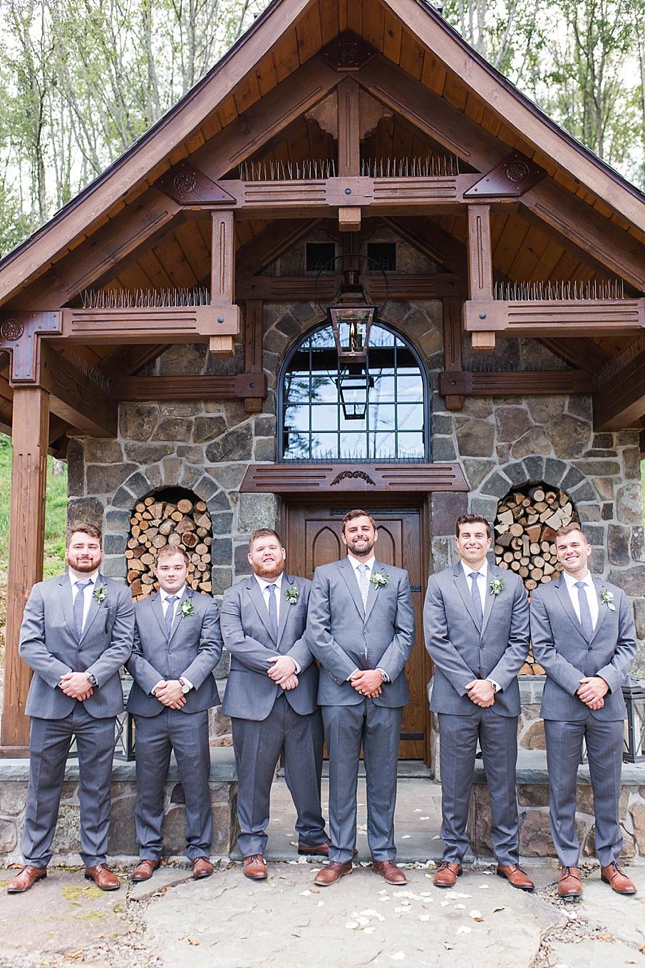 senecaryanco-pennsylvania-wedding-photographer-scranton-barnatglisteningpond_0506.jpg