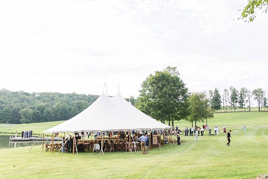 senecaryanco-pennsylvania-wedding-photographer-scranton-barnatglisteningpond_0529.jpg