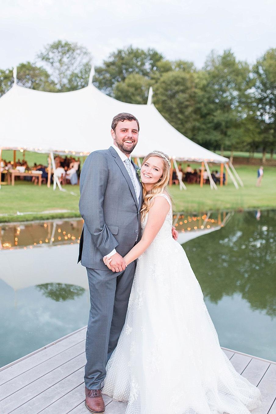 senecaryanco-pennsylvania-wedding-photographer-scranton-barnatglisteningpond_0540.jpg