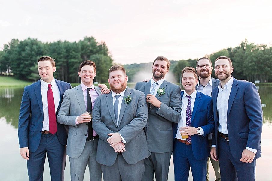 senecaryanco-pennsylvania-wedding-photographer-scranton-barnatglisteningpond_0542.jpg