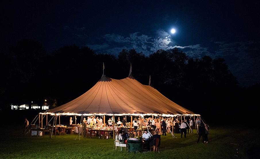 senecaryanco-pennsylvania-wedding-photographer-scranton-barnatglisteningpond_0543.jpg