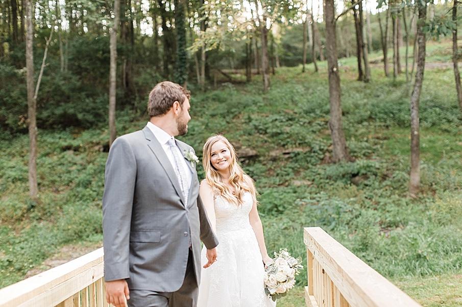 senecaryanco-pennsylvania-wedding-photographer-scranton-barnatglisteningpond_0546.jpg