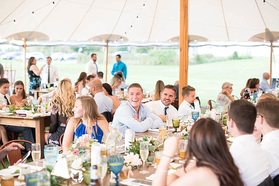 senecaryanco-pennsylvania-wedding-photographer-scranton-barnatglisteningpond_0560.jpg