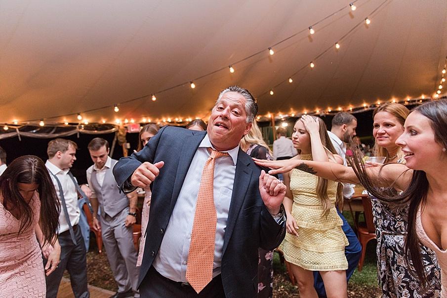 senecaryanco-pennsylvania-wedding-photographer-scranton-barnatglisteningpond_0584.jpg