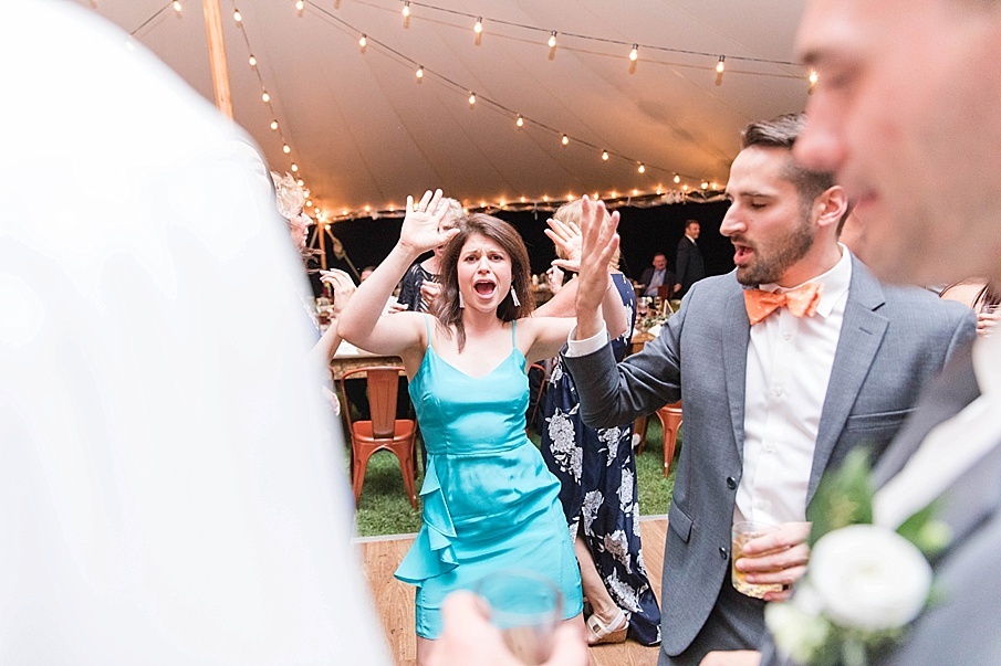 senecaryanco-pennsylvania-wedding-photographer-scranton-barnatglisteningpond_0585.jpg