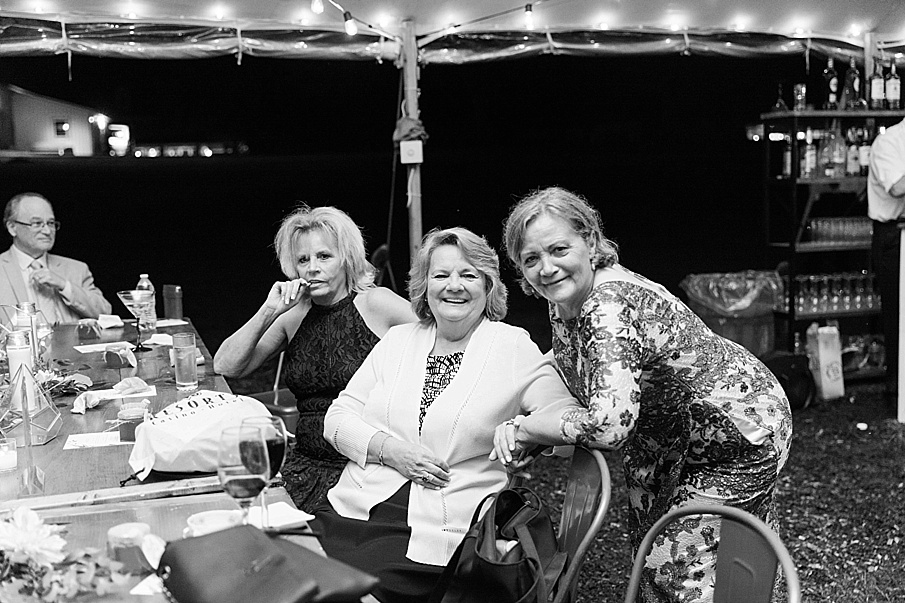 senecaryanco-pennsylvania-wedding-photographer-scranton-barnatglisteningpond_0593.jpg
