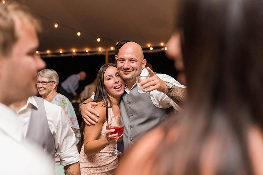 senecaryanco-pennsylvania-wedding-photographer-scranton-barnatglisteningpond_0594.jpg