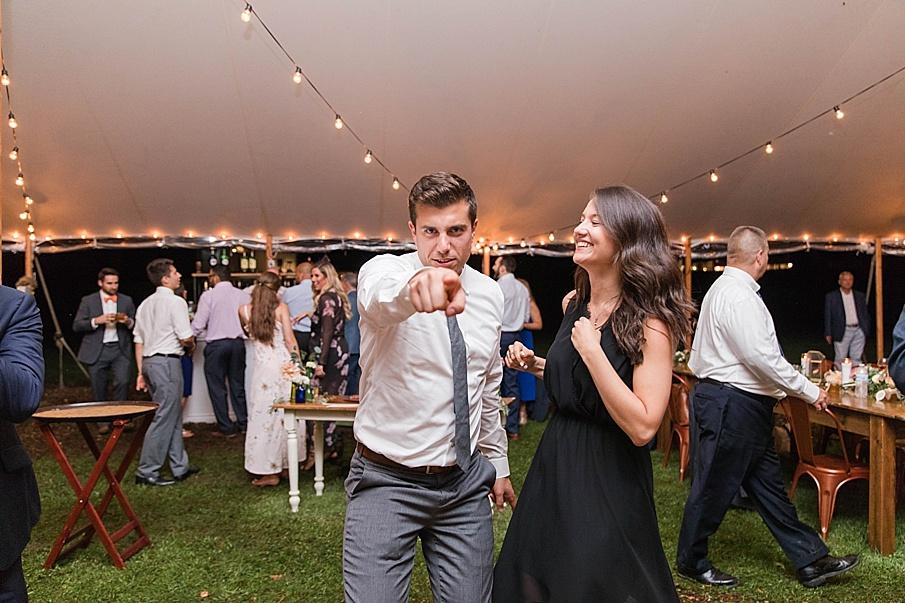 senecaryanco-pennsylvania-wedding-photographer-scranton-barnatglisteningpond_0596.jpg