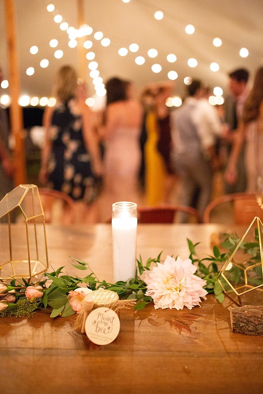 senecaryanco-pennsylvania-wedding-photographer-scranton-barnatglisteningpond_0608.jpg