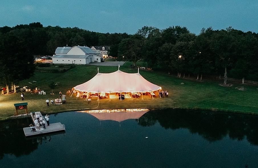 senecaryanco-pennsylvania-wedding-photographer-scranton-barnatglisteningpond_0623.jpg
