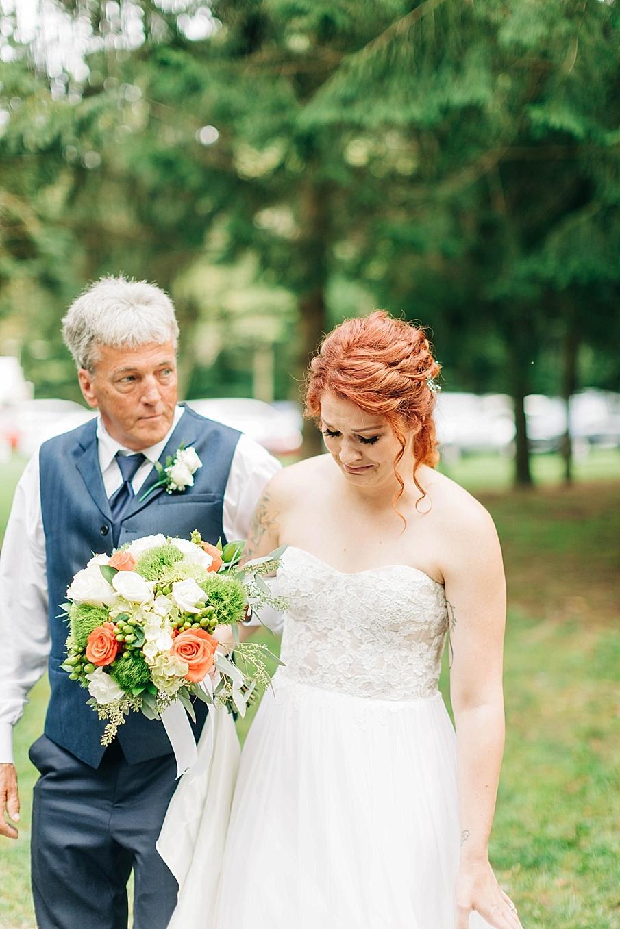 senecaryanco-pennsylvania-wedding-photographer-scranton-barnatglisteningpond_0728.jpg