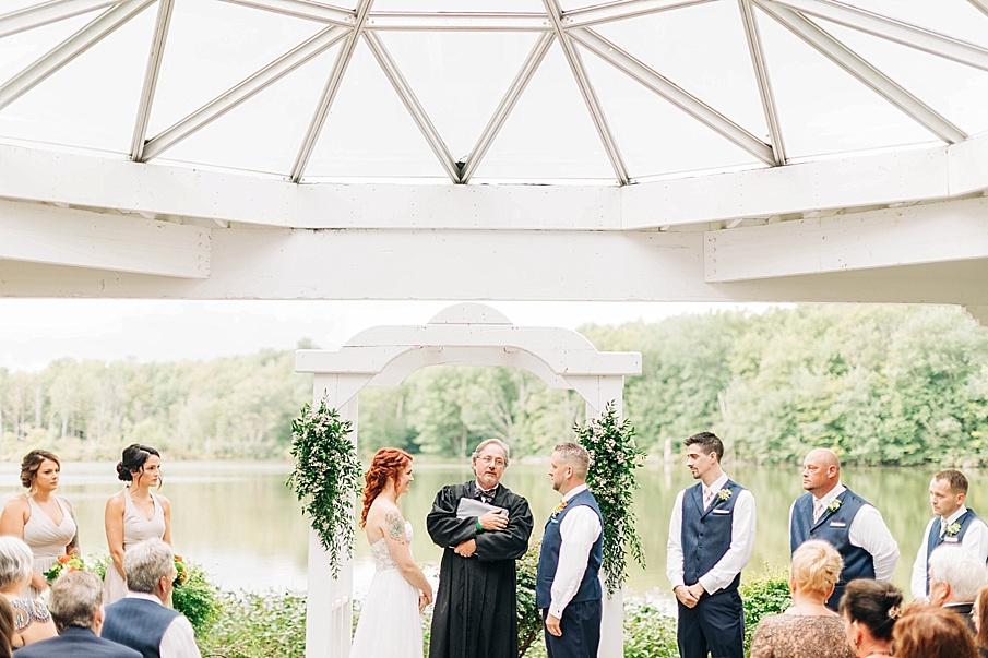 senecaryanco-pennsylvania-wedding-photographer-scranton-barnatglisteningpond_0730.jpg
