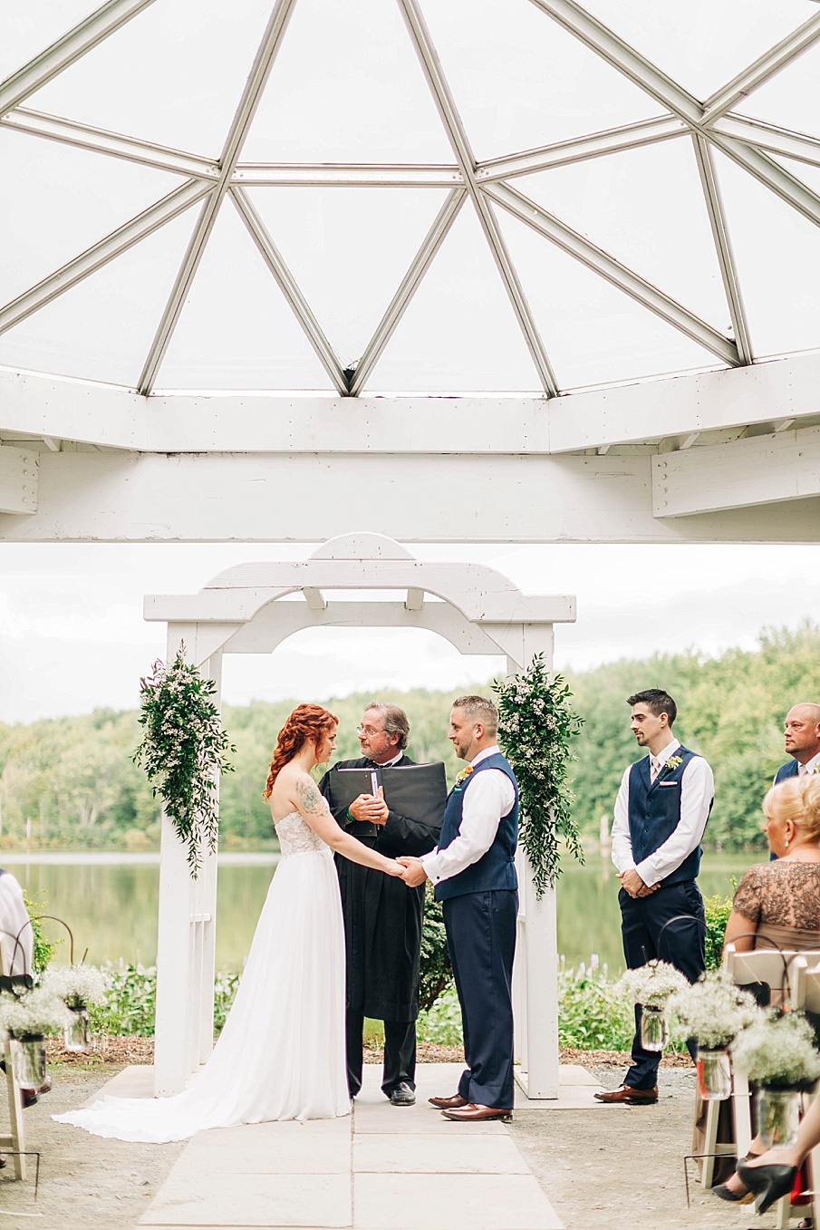 senecaryanco-pennsylvania-wedding-photographer-scranton-barnatglisteningpond_0733.jpg