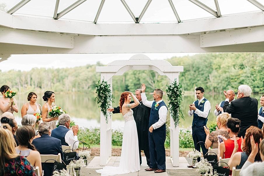 senecaryanco-pennsylvania-wedding-photographer-scranton-barnatglisteningpond_0737.jpg