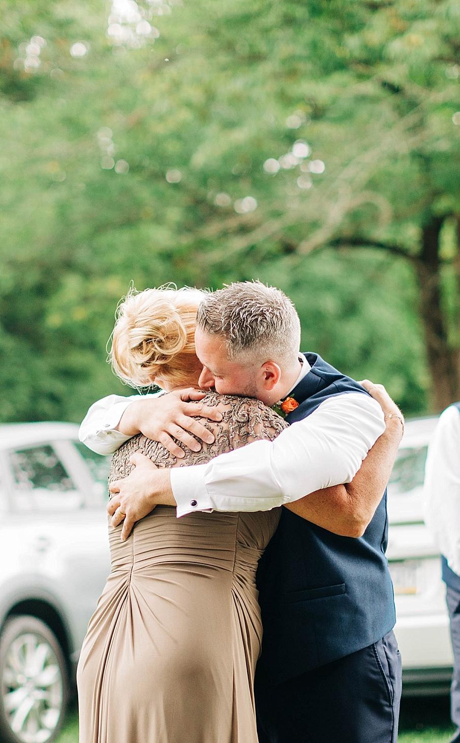 senecaryanco-pennsylvania-wedding-photographer-scranton-barnatglisteningpond_0739.jpg