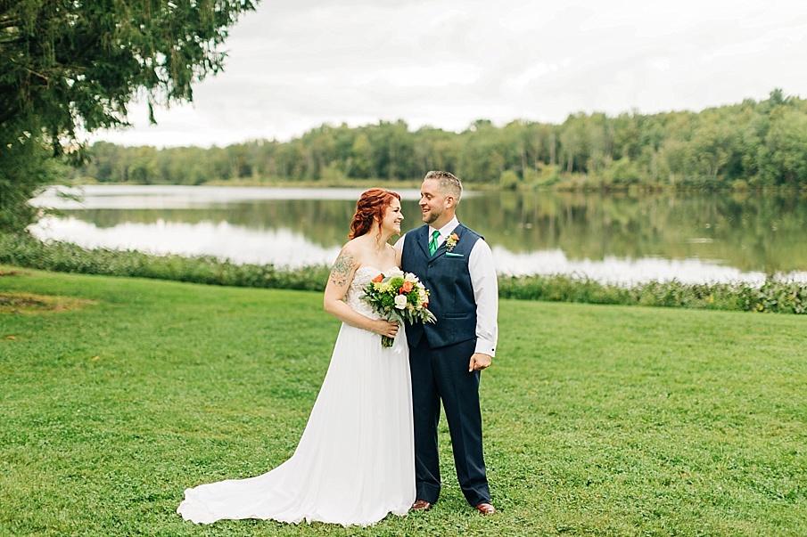 senecaryanco-pennsylvania-wedding-photographer-scranton-barnatglisteningpond_0743.jpg