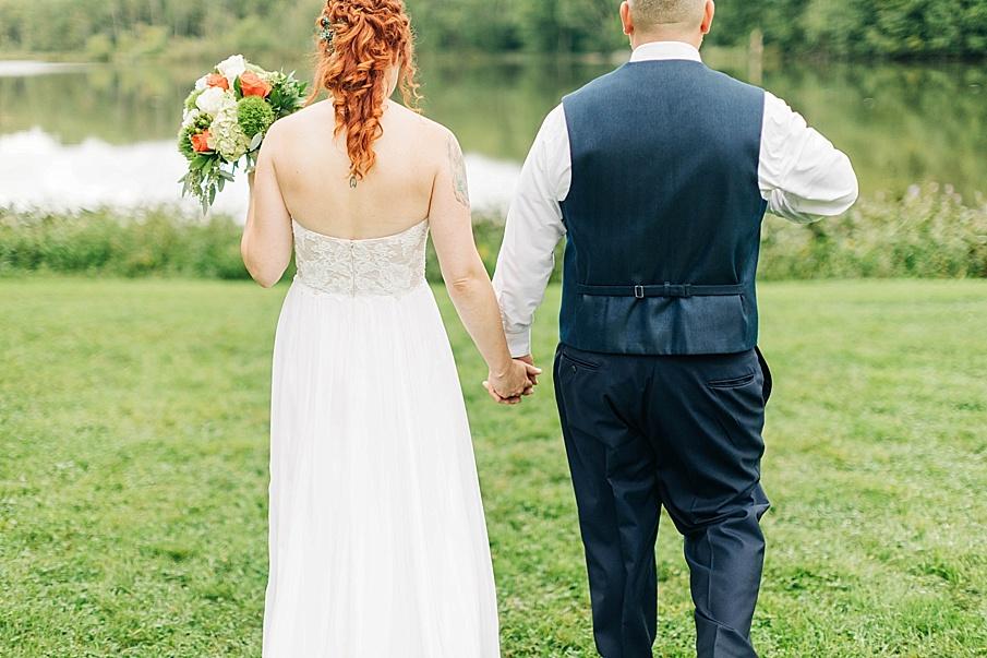 senecaryanco-pennsylvania-wedding-photographer-scranton-barnatglisteningpond_0749.jpg
