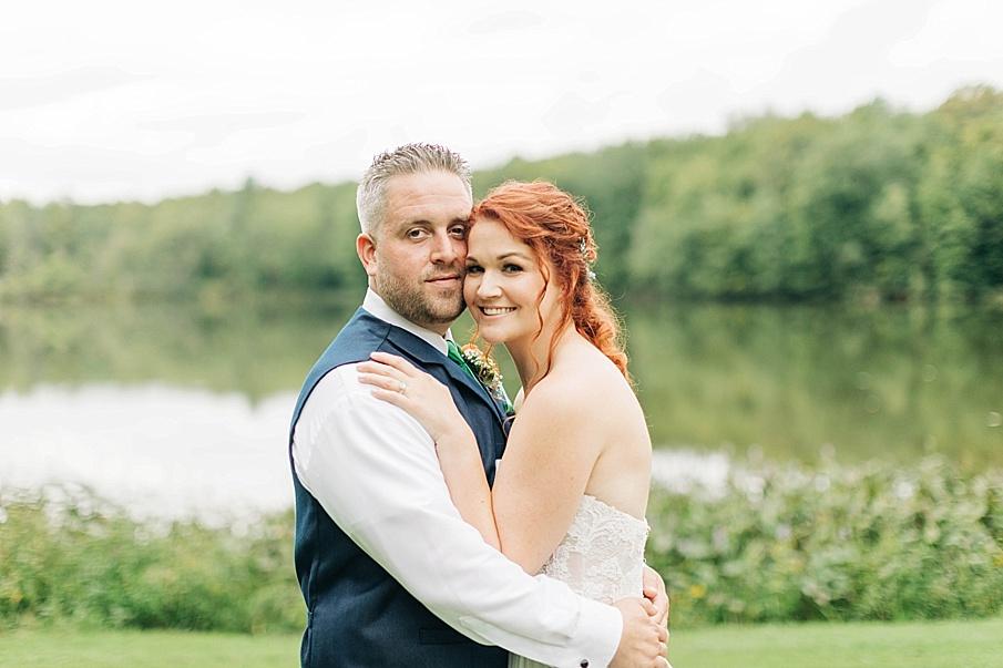 senecaryanco-pennsylvania-wedding-photographer-scranton-barnatglisteningpond_0756.jpg