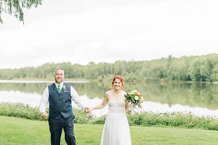 senecaryanco-pennsylvania-wedding-photographer-scranton-barnatglisteningpond_0763.jpg