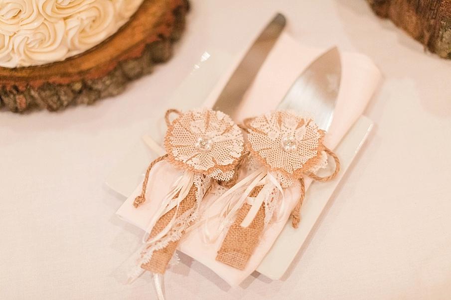 senecaryanco-pennsylvania-wedding-photographer-scranton-barnatglisteningpond_0771.jpg