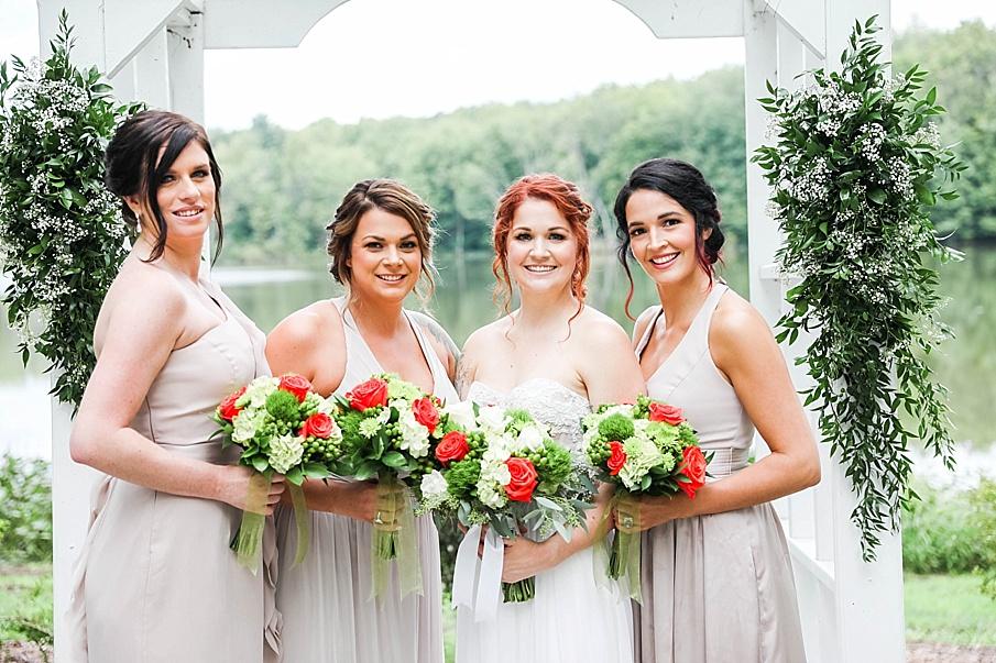 senecaryanco-pennsylvania-wedding-photographer-scranton-barnatglisteningpond_0780.jpg
