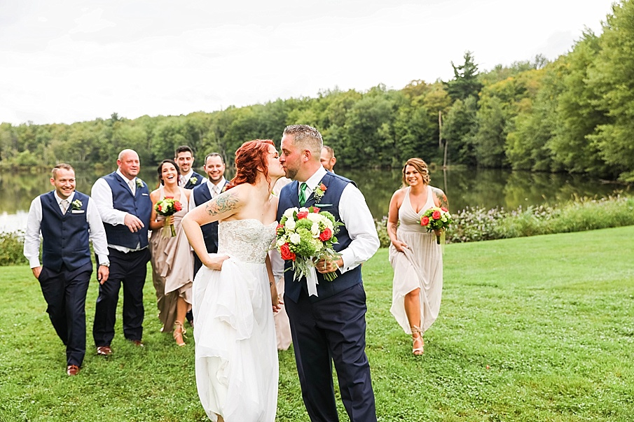 senecaryanco-pennsylvania-wedding-photographer-scranton-barnatglisteningpond_0785.jpg