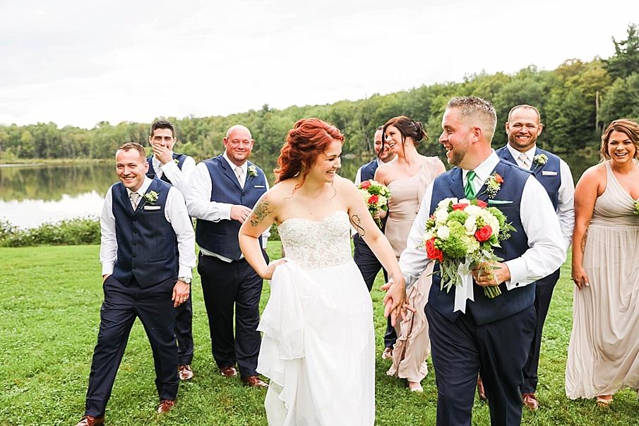 senecaryanco-pennsylvania-wedding-photographer-scranton-barnatglisteningpond_0786.jpg