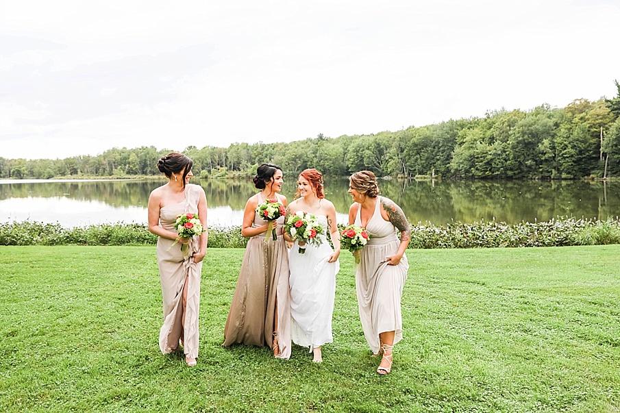 senecaryanco-pennsylvania-wedding-photographer-scranton-barnatglisteningpond_0789.jpg