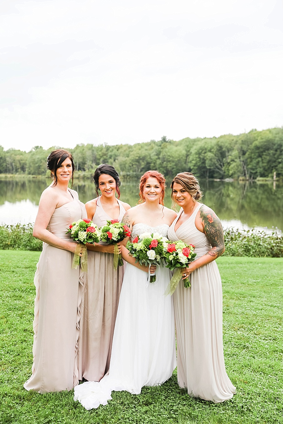 senecaryanco-pennsylvania-wedding-photographer-scranton-barnatglisteningpond_0788.jpg
