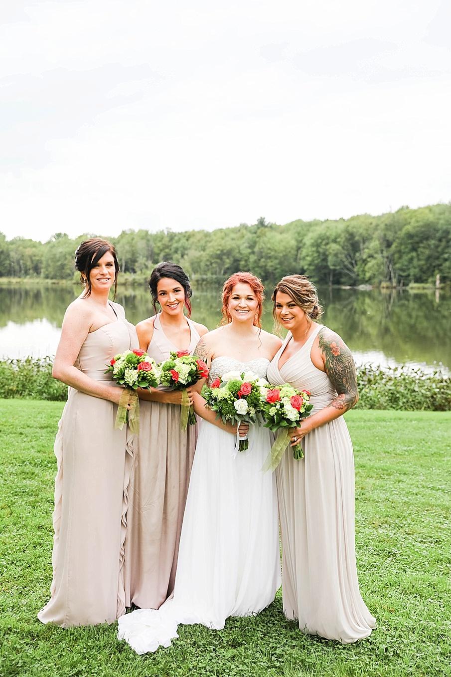 senecaryanco-pennsylvania-wedding-photographer-scranton-barnatglisteningpond_0788.jpg