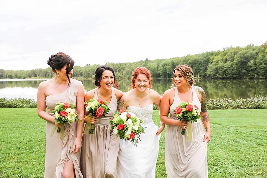 senecaryanco-pennsylvania-wedding-photographer-scranton-barnatglisteningpond_0790.jpg