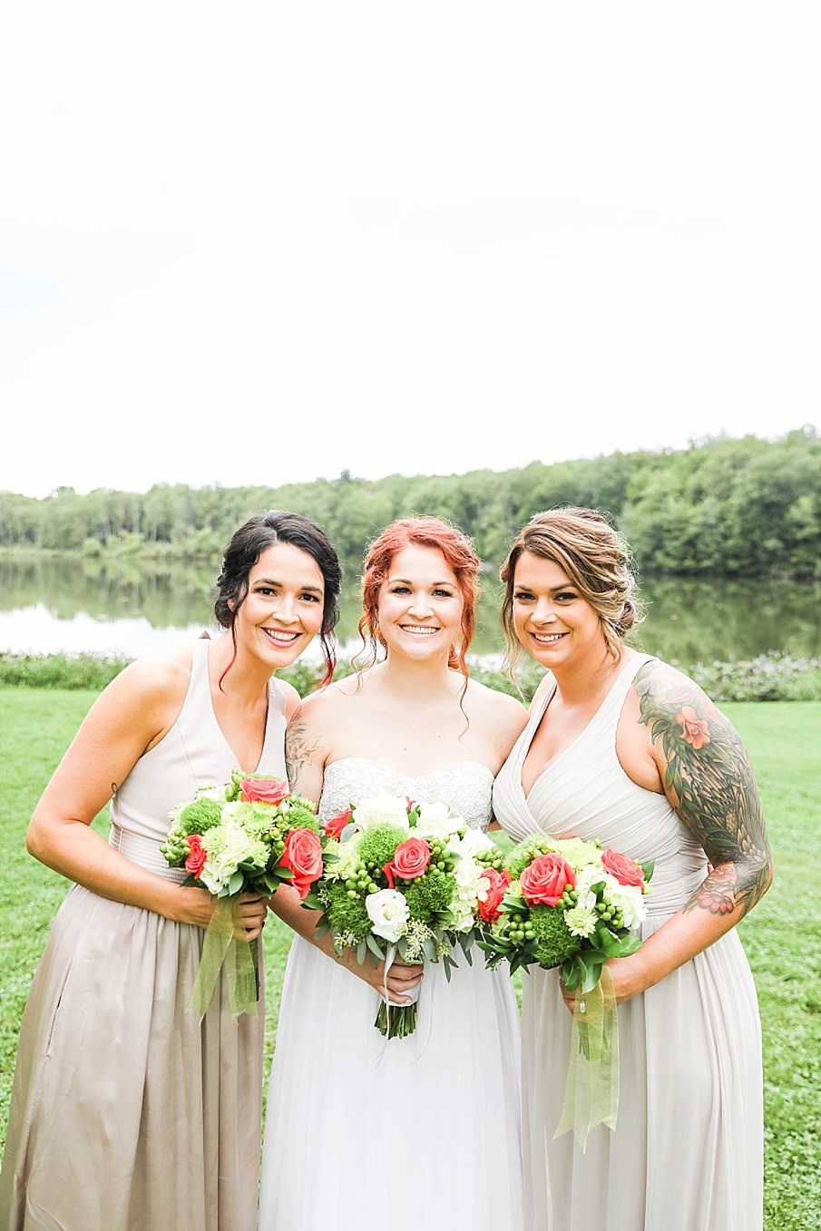 senecaryanco-pennsylvania-wedding-photographer-scranton-barnatglisteningpond_0793.jpg