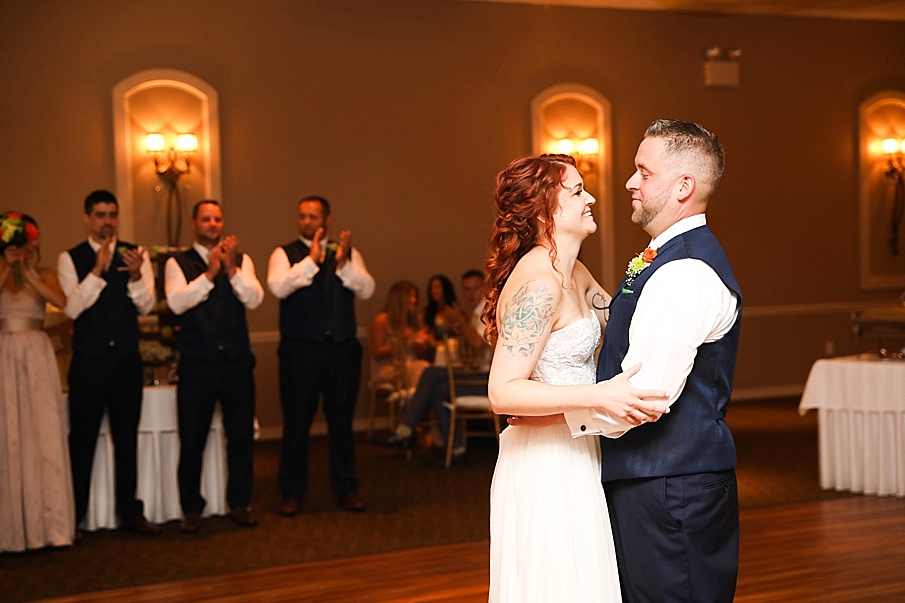 senecaryanco-pennsylvania-wedding-photographer-scranton-barnatglisteningpond_0800.jpg