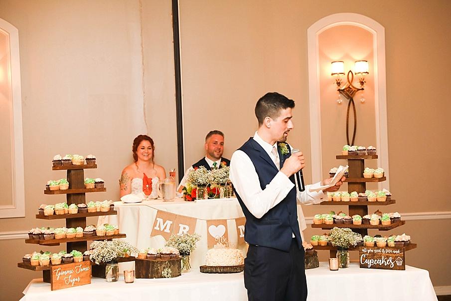 senecaryanco-pennsylvania-wedding-photographer-scranton-barnatglisteningpond_0801.jpg