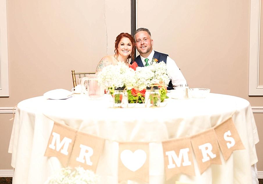 senecaryanco-pennsylvania-wedding-photographer-scranton-barnatglisteningpond_0804.jpg